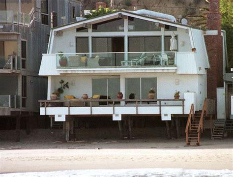 leonardo dicaprio s house leonardo dicaprio photos photos beach homes zimbio