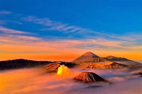 wallpaper awan terindah 12 tempat di indonesia dengan sunrise terindah wovgo