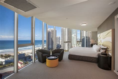 bedroom surfers paradise hotel rooms hilton surfers paradise