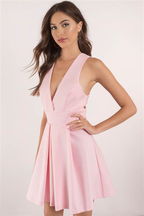 chagne colored cocktail dress blush dress plunging dress beautiful pink dress