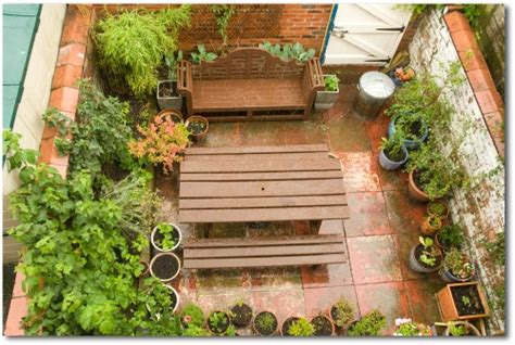Patio Vegetable Gardening by Small Vegetable Garden Plans And Ideas