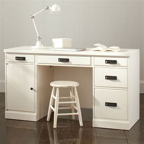 paramount desk pbteen