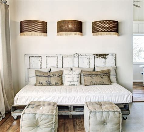 Diy Door Headboard Door Headboard Diy King Sized Pallet Headboard From An Door Diy Pallet Bed Headboard U