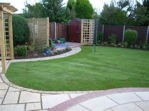 Landscaping Ideas Medium Sized Backyards Medium Sized Back Garden Design Growing Designs Can Help