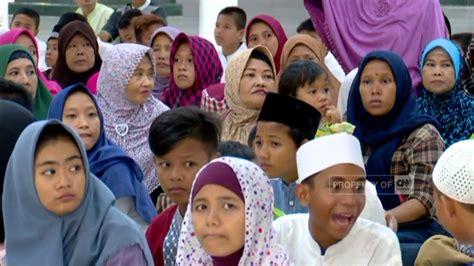 ahok ulang tahun ahok ulang tahun 500 anak yatim berdoa bersama youtube