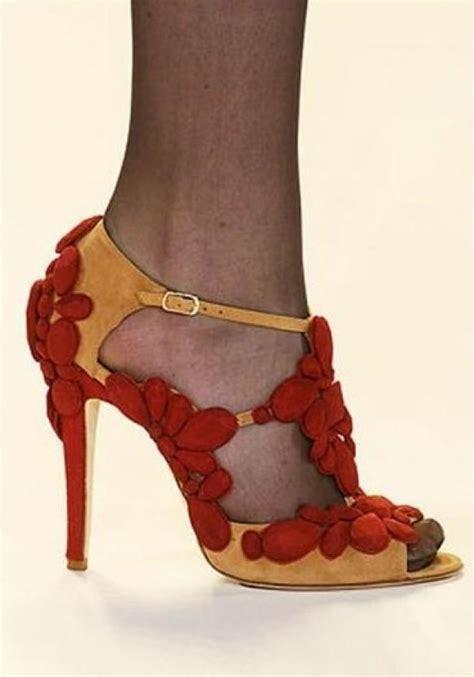 carolina herrera shoes shoe shoes 1119545 weddbook