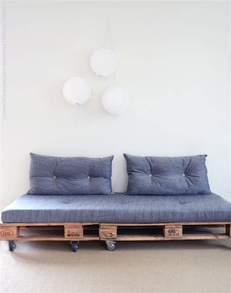 pallet sofa diy sofa made with pallets diy diy pinterest