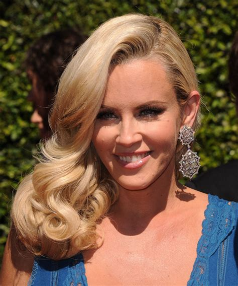 hairstyle of jenny mccarthy on the view jenny mccarthy long wavy formal hairstyle honey