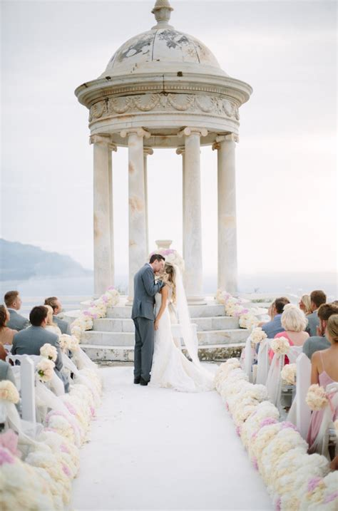 Wedding Ceremony Decoration Ideas Pictures by 12 Gorgeous Wedding Ceremony Decor Ideas The Magazine