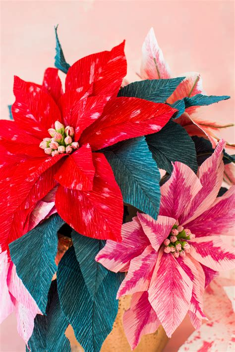 How To Make Paper Poinsettia Flowers - paper poinsettia flowers the house that lars built