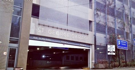 staten island courthouse garage and parking lot