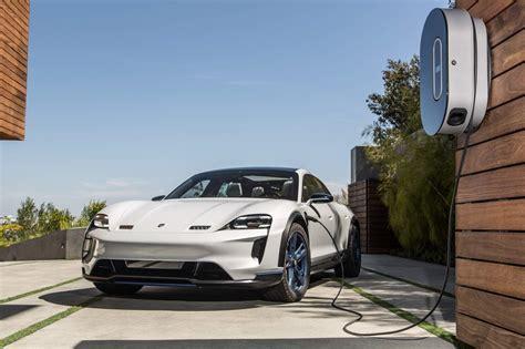 Porsche Production by Porsche Previews Zuffenhausen Production Facility For