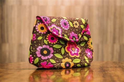 moldes bolsas tecido gratis carol viana ensina a fazer uma linda bolsa clutch baixe o