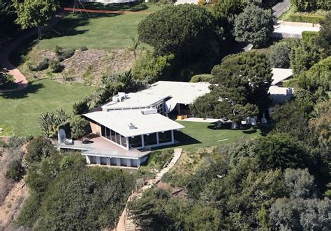 hollywood celebrity houses angelina jolie and brad pitt s take a look at the jaw droppingly brad pitt and angelina
