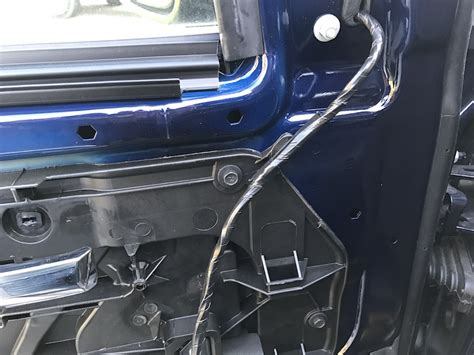 power fold tow mirrors installed  brackets