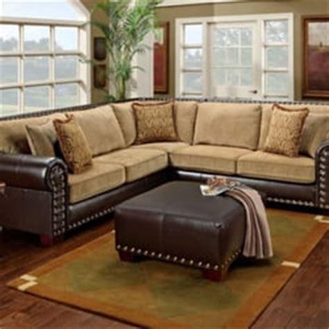 Ls Plus Furniture by Ls Plus Furniture Risco Burgundy Glider Reclining Console Loveseat Cingaz 3 Series Classic Ls