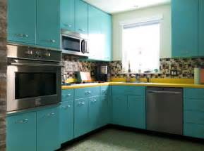 Retro Kitchen Cabinets Recreates The Look Of Vintage Metal Kitchen Cabinets In Wood