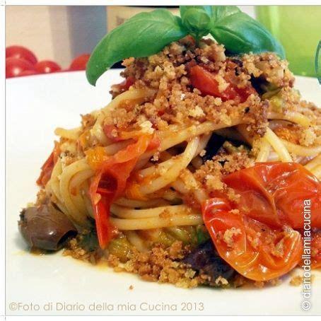 ricetta pasta con fiori di zucchina spaghetti con piccadilly fiori di zucchina olive