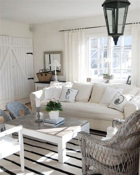 cottage decor best 25 cottage chic ideas on shabby cottage