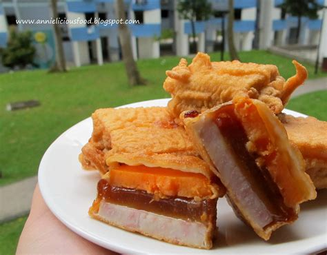 new year taro cake recipes annielicious food fried quot nian gao quot sticky rice cake 炸年糕