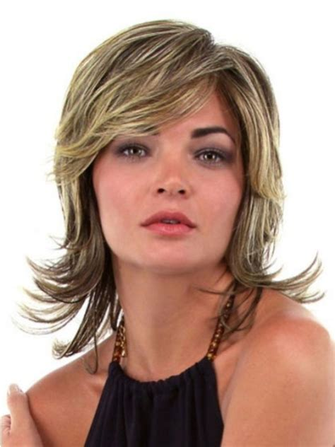 Layered Medium Hairstyles For Faces by Layered Hair These 17 Medium Layered Hairstyles