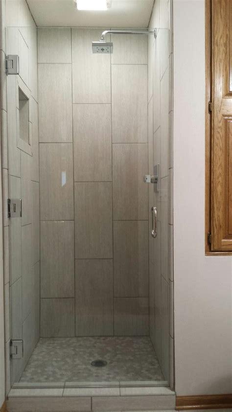 Single Shower Door Shower Doors Des Moines Sassman Glass And Mirror