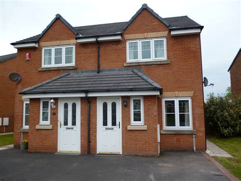 2 bedroom semi detached house in edenside cargo carlisle
