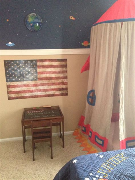 bedroom solar system 23 best images about jimmys room makeover on pinterest astronauts solar system and