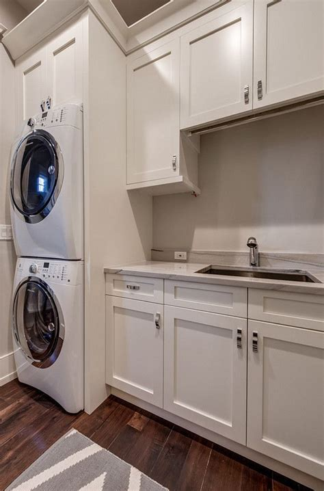 sherwin williams cabinet paint 167 best images about lasting laundry rooms on pinterest