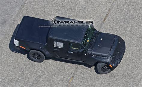 2019 jeep wrangler pickup truck jeep scrambler pickup truck jt spy pics jeep