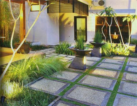 desain halaman depan rumah yang luas 66 desain halaman rumah yang bagus anda ingin
