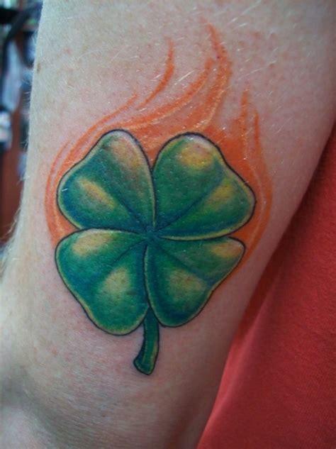 25 Sweet Four Leaf Clover Tattoos Creativefan Four Leaf Clover Tattoos For