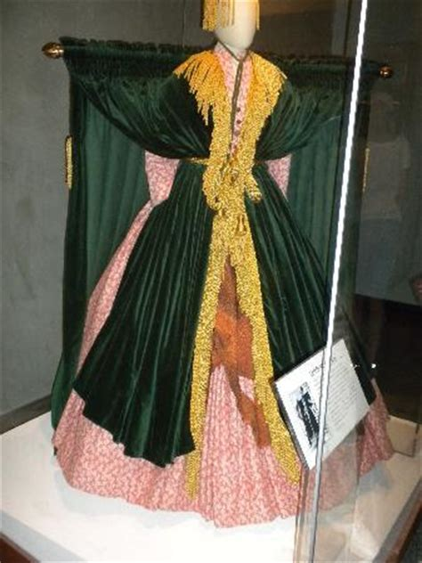 carol burnett curtain dress smithsonian carol burnett s scarlett o hara dress american history