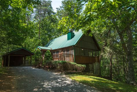 one bedroom cabins in pigeon forge shady ridge pigeon forge one bedroom cabin rental pool table