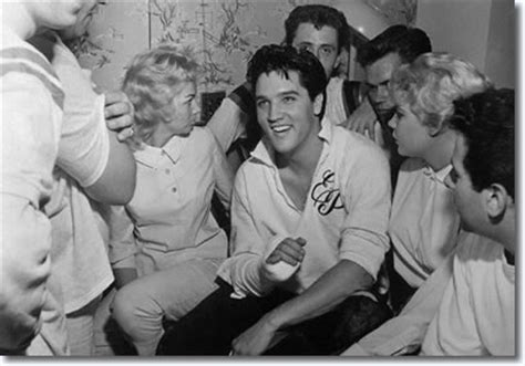 rock the boat elvis 2018 october 16 1960 elvis breaks his finger playing touch