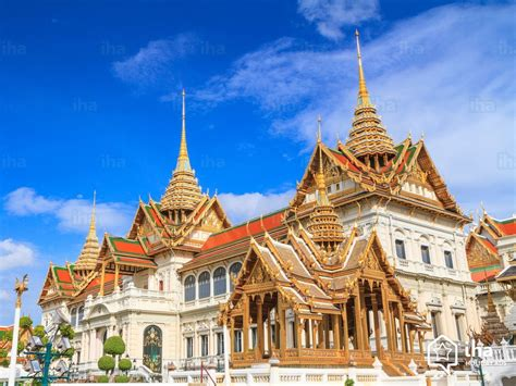 bangkok rentals   holidays  iha direct