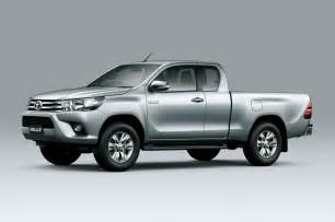 Toyota Hilux Toyota Hilux Eighth Generation Cab Front Three Quarter