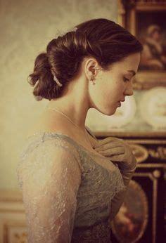 mary crawlley new hairdo braid wedding hairstyles plait period drama hair