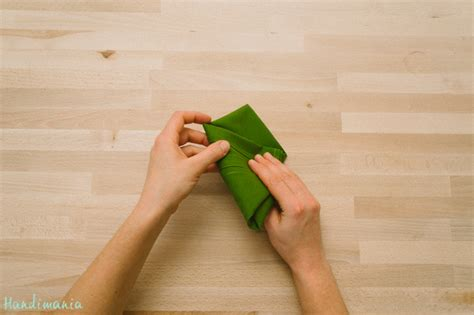 how to make christmas tree napkin fold diy crafts