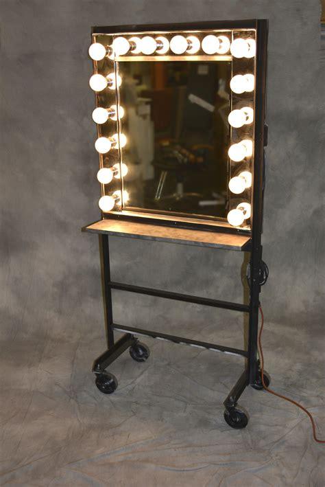 Portable Lighted Desk by Portable Makeup Table With Lightirror Makeup Vidalondon