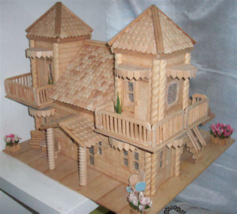 Kotak House No 2 miniatur rumah dari stik es dunia arsitek