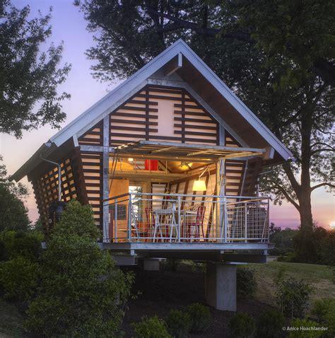 Crib House by The Crib Broadhurst Architects