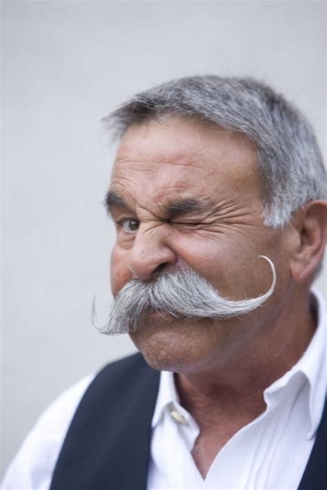 handlebar mustache actor old men and mustache s omg things i m somewhat