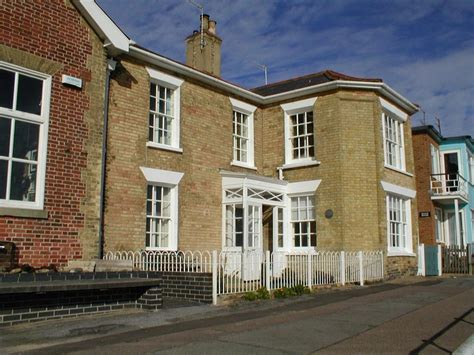Cliff House Southwold Self Catering Holiday Cottage In House Southwold