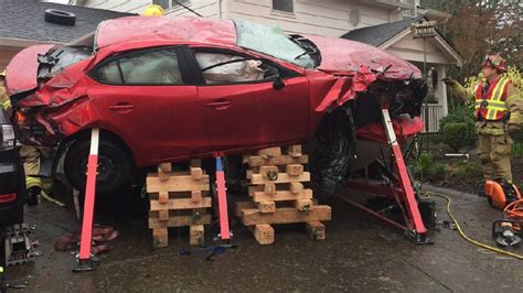 boat crash portland crash sends car on top of boat in nw portland katu