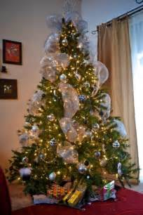 tips on how to decorate a tree