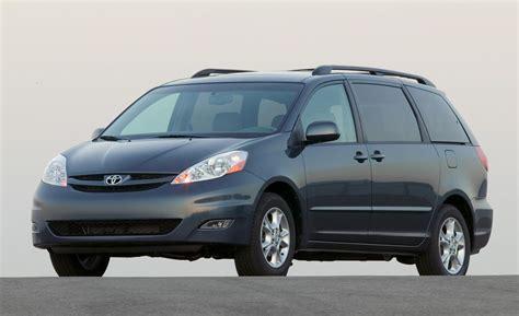 Toyota Sienn Car And Driver