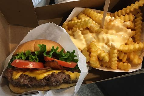 shake shack shake shack opens a stand at fargo center philly