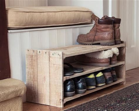 Shoes Rack Ideas by Best 25 Shoe Rack Pallet Ideas On Pallet