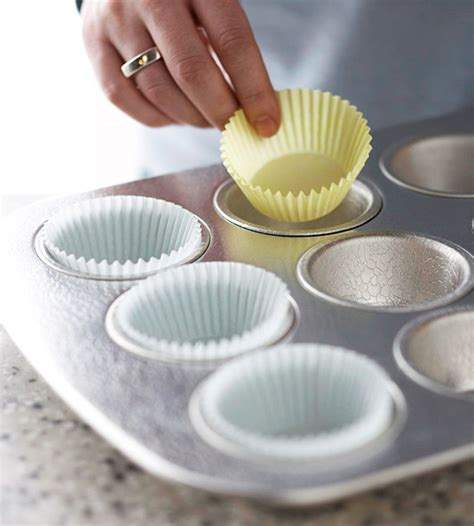 How To Make Paper Cups For Cupcakes - learn how to make chocolate cupcake for s day